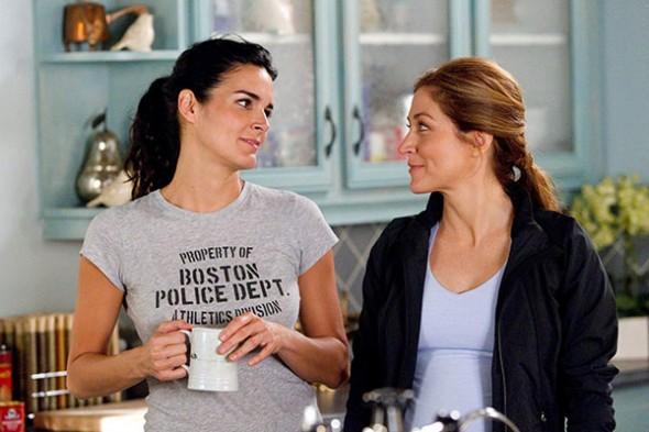 Angie Harmon y Sasha Alexander en la séptima temporada de Rizzoli & Isles